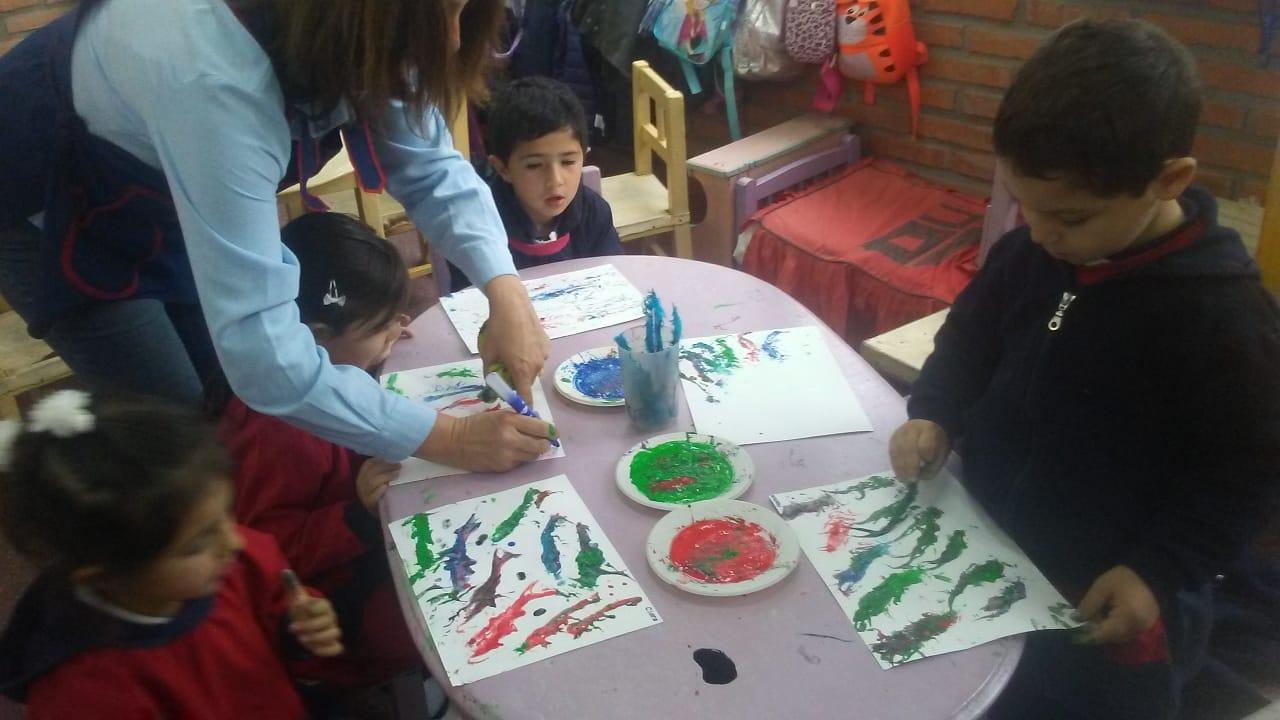Pintando con Plumitas